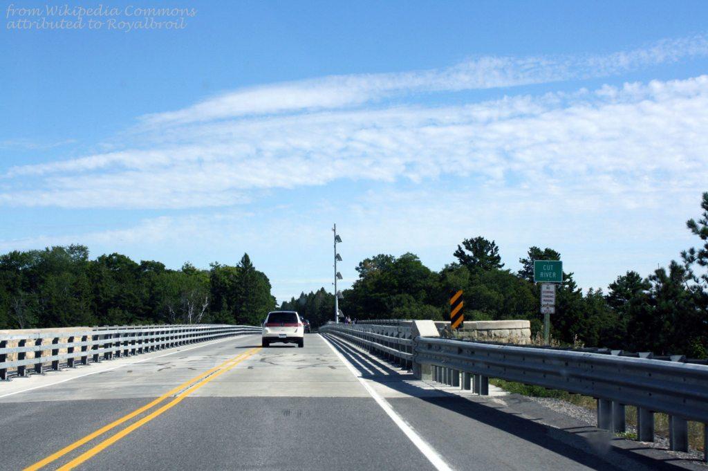 Cut_River_Bridge_Road_Deck